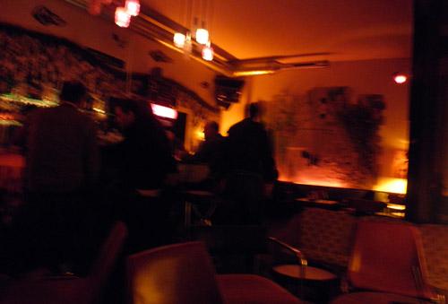 soylent bar - ambiente in orange © friedrichshainblog.de