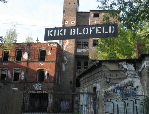 kiki blofeld eingangsschild © friedrichshainblog.de