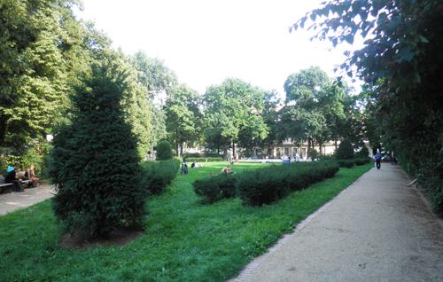 park zwischen sonntagsstraße und wühlischstraße © friedrichshainblog.de