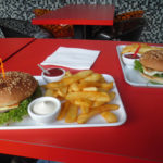 burgers im burgerium berlin friedrichshain © friedrichshainblog.de