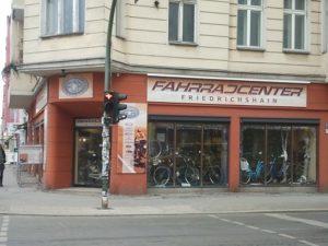fahrradcenter-friedrichshain-warschauer-straße © friedrichshainblog.de