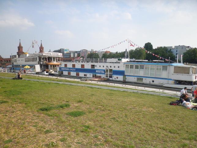 eastern und western comfort hostel berlin friedrichshain