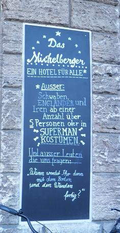 Aushang des Hotel Michelberger (c) friedrichshainblog.de