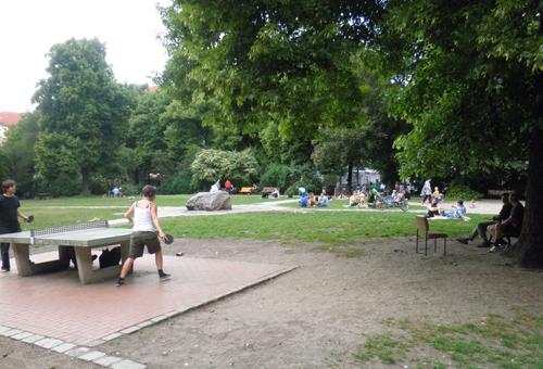 traveplatz tischtennisplatte ©friedrichshainblog.de