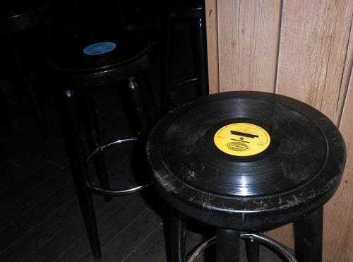 Bar Hocker Schallplatten Design