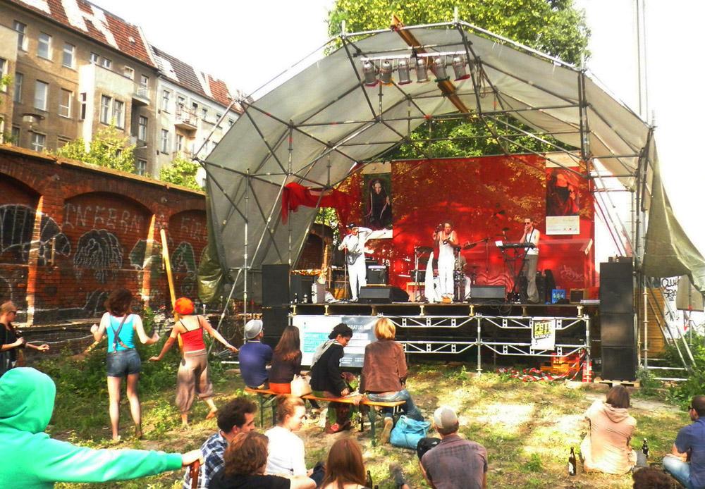 fete de la musique - raw gelände warschauer str berlin friedrichshain
