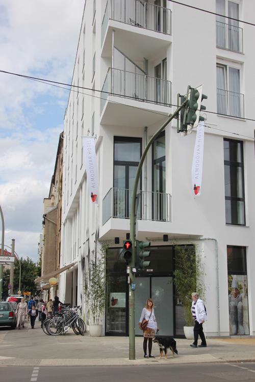 Almod var bio hotel in berlin friedrichshain for Top 10 design hotels berlin