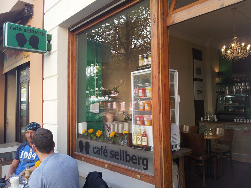 Guter Kaffee in entspannter Atmosphäre Café Sellberg Ostkreuz