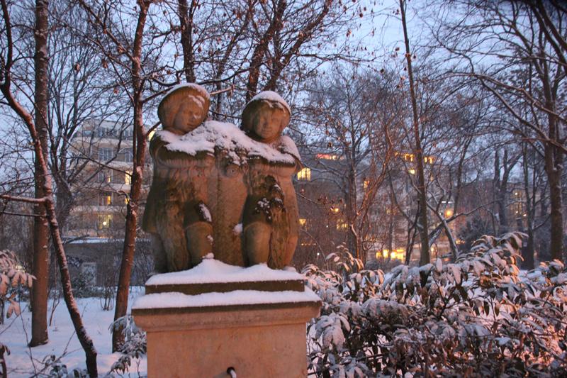 Figuren Märchenbrunnen Vopa Friedrichshain