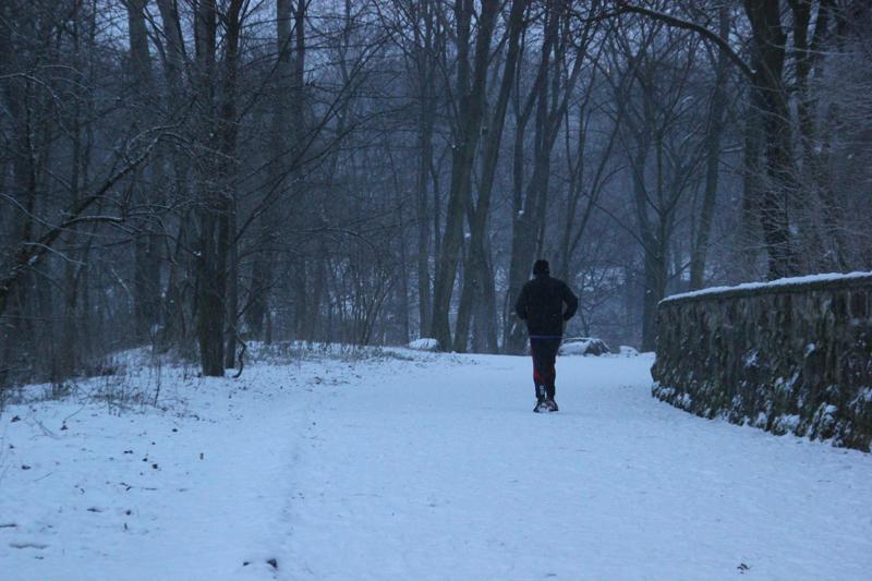 Jogger im Volkspark Friedrichshain