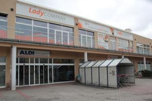 Lady Company Aldi Revaler Friedrichshain