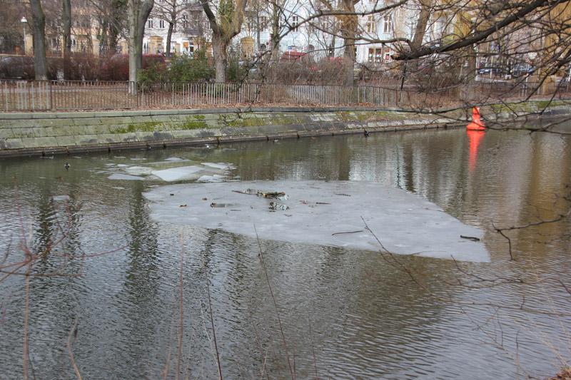 09 Eisscholle Landwehrkanal