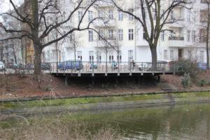 Aussichtsplatzform auf Landwehrkanal Neukölln