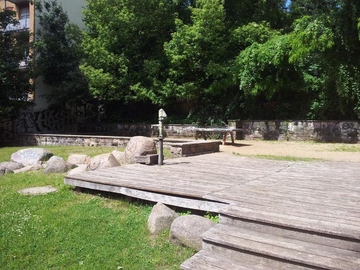 Tischtennisplatte Spielplatz Friedrichshain