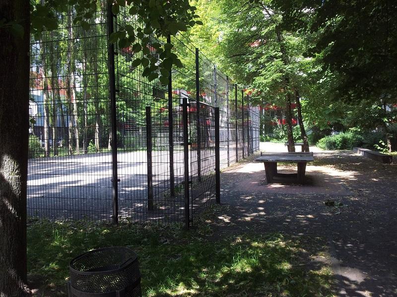 Tischtennisplatte Sportplatz Friedrichshain