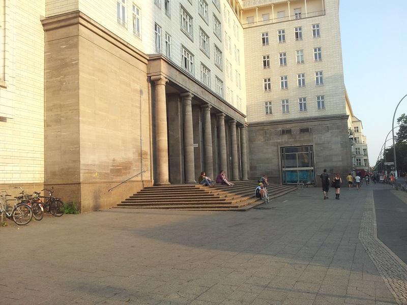 Treppen Frankfurter Tor Friedrichshain