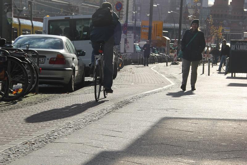 Radweg Warschauer Straße