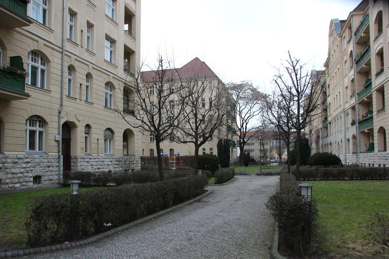 Weg durch Helenenhof Friedrichshain