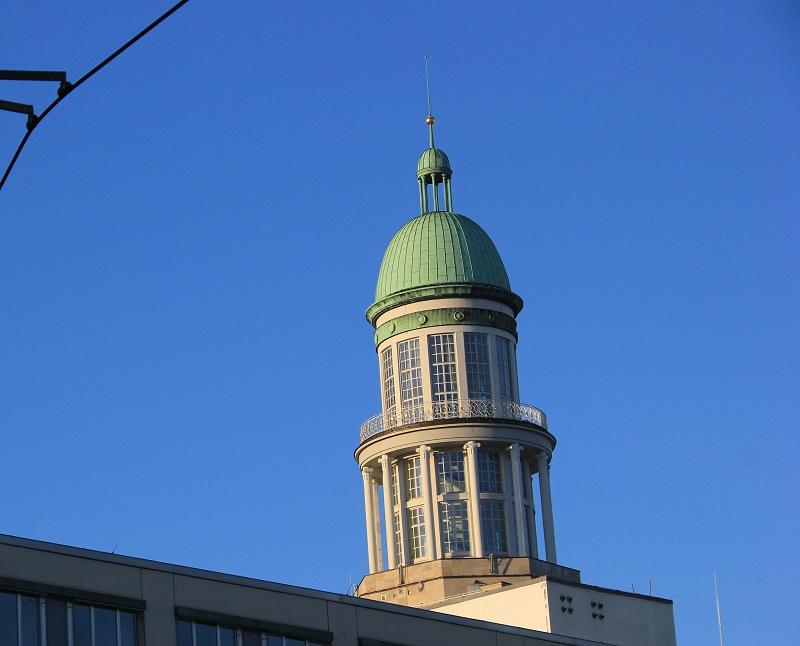 Südturm im Sonnenlicht