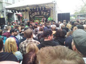 Konzert vor Coretex Kreuzberg