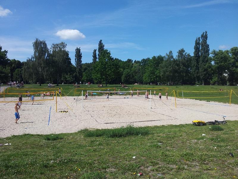 Volleyball Felder Volkspark Friedrichshain