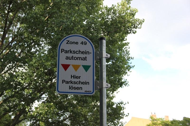 Parkautomaten Schild Friedrichshain