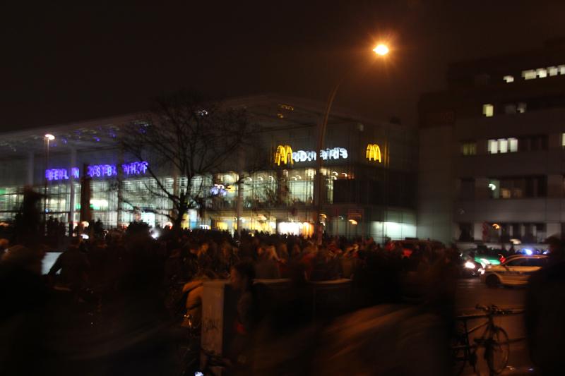 Menschenmassen Ostbahnhof