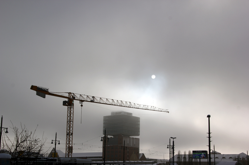 Oberbaum City im Nebel