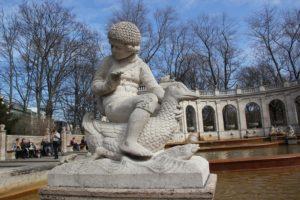 Haensel Maerchenbrunnen Volkspark Friedrichshain