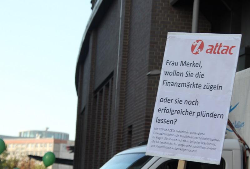 Attack Merkel