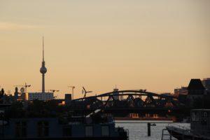 Friedrichshain im Sonnenaufgang