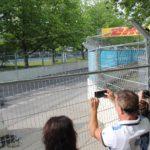Fans am Zaun Formel E Rennen Friedrichshain