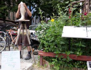 Statue Simon-Dach-Strasse