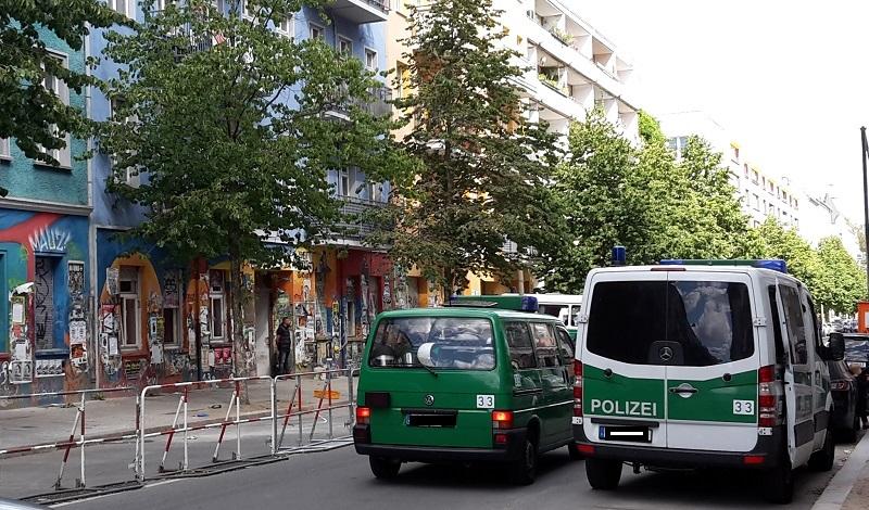 R94 Polizei Absperrung