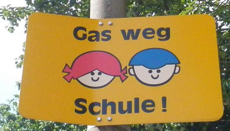 schild-gas-weg-schule