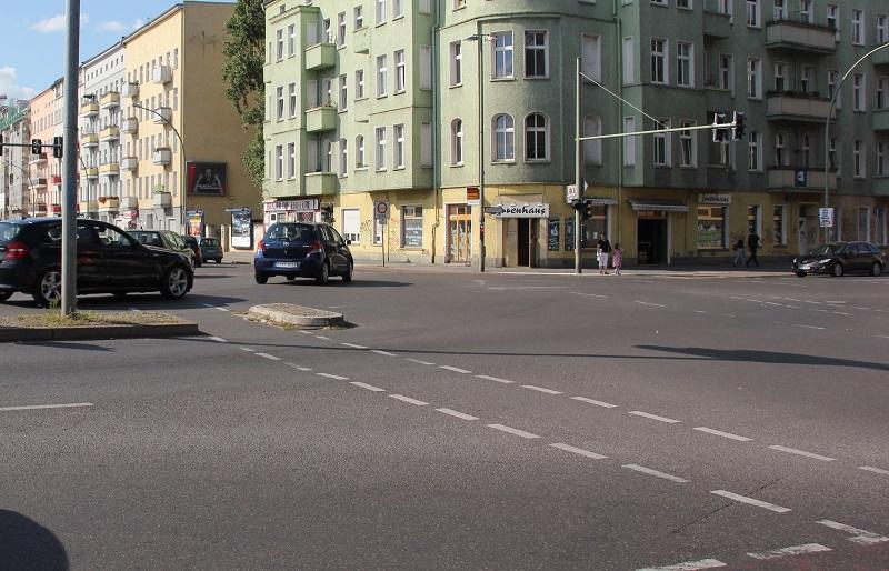 Kreuzung vor Magdalenenclub