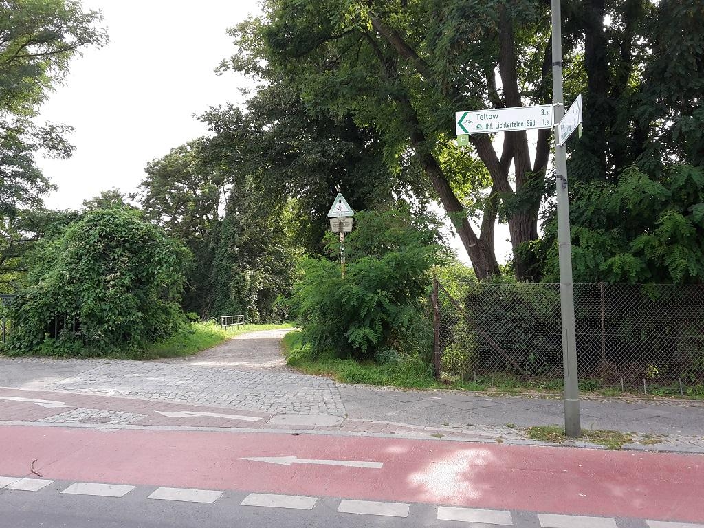 Eingang zur Besonderen Strecke Treptowkanal