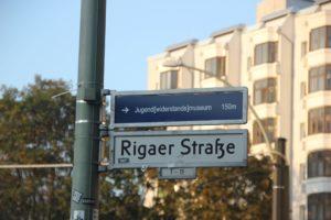 Strassenschild Rigaer Strasse