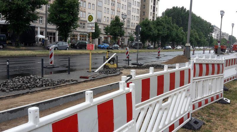 Radweg Baustelle Karl-Marx-Allee