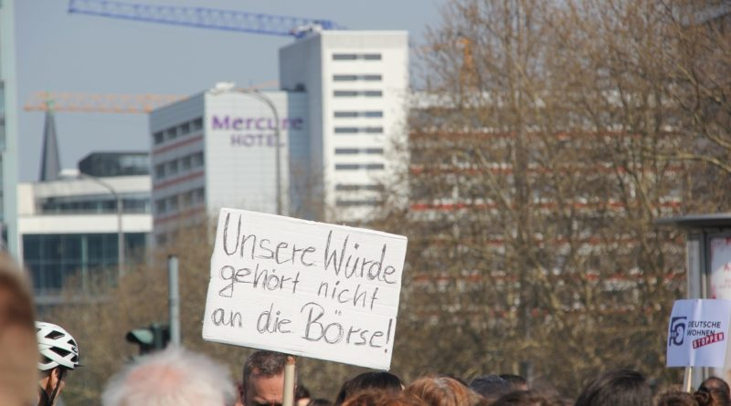 Demoschild 11 Mietenwahnsinn Demo April 2019