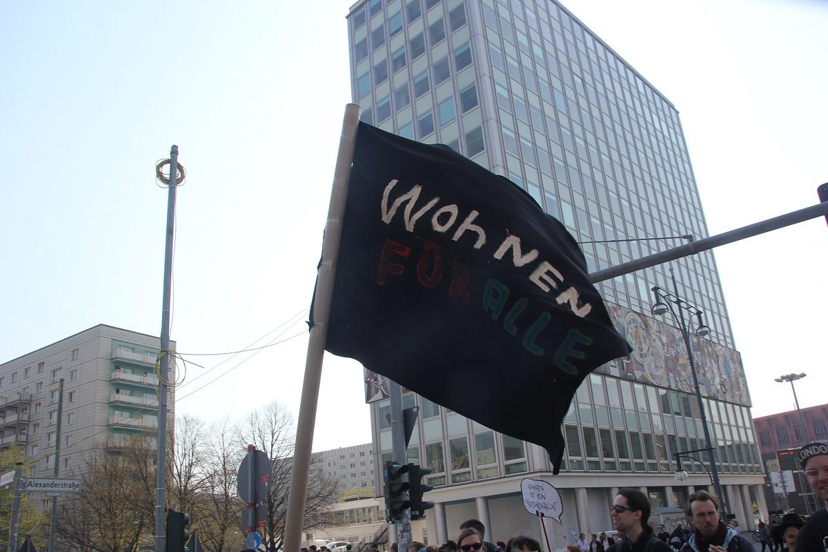 Demoschild 14 Mietenwahnsinn Demo April 2019