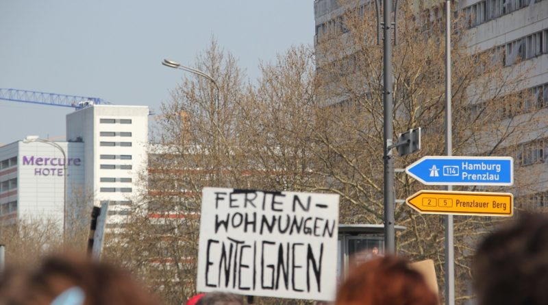 Demoschild 4 Mietenwahnsinn Demo April 2019