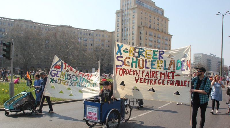 Demoschilder 16 Mietenwahnsinn Demo April 2019