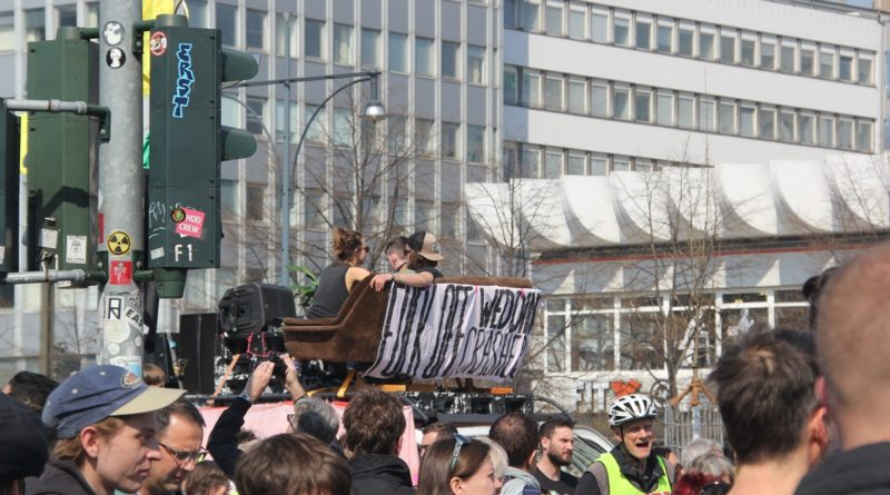 Demowagen Mietenwahnsinn Demo April 2019