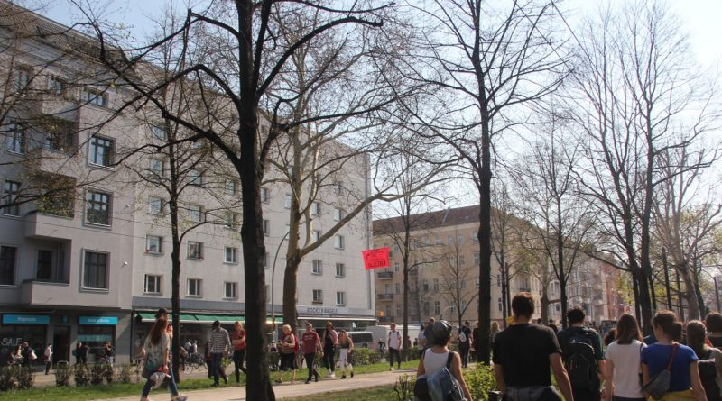 Demozug Warschauer Strasse 2 Mietenwahnsinn Demo April 2019